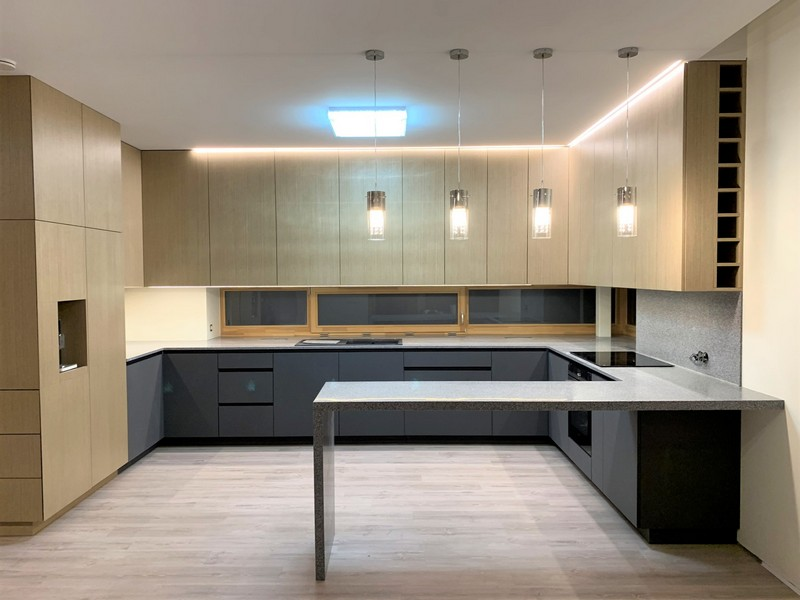 Hi-Macs Platinum Granite virtuvės stalviršis